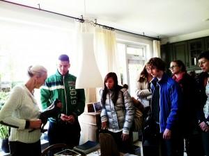 Scholieren Pallas Athene Ede op bezoek bij Tineke Thielemans
